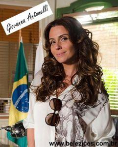 A Giovanna arrasou com as madeixas longas e cacheadas!